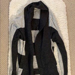 Forever 21 Dark Gray and Light Gray Sweater